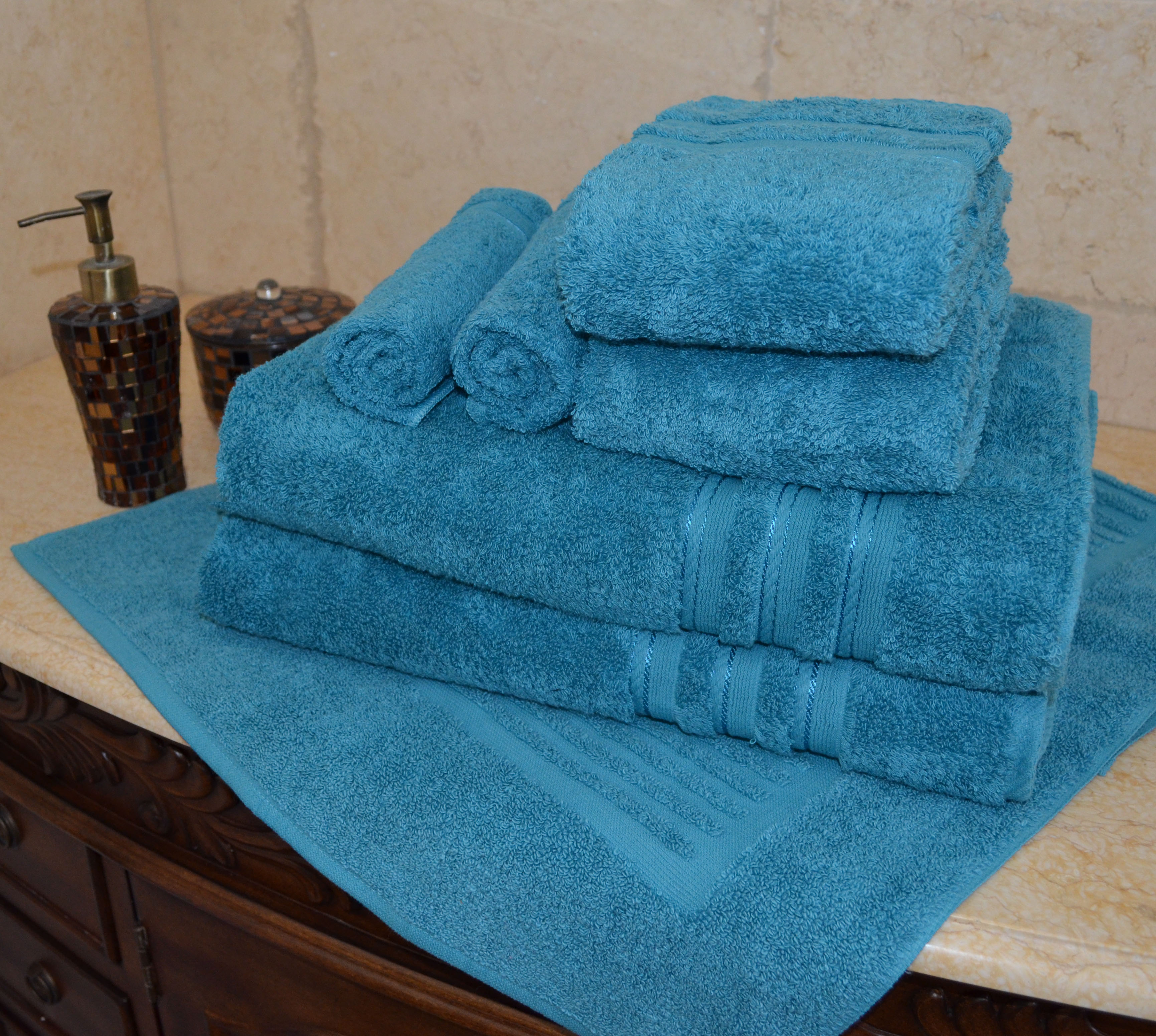 SPECIAL DISCOUNT ! LIMITED TIME TILL IT'S GONE - 7 PCS Luxurious 100% Egyptian Cotton Bath Towel Set by Luxury Egyptian