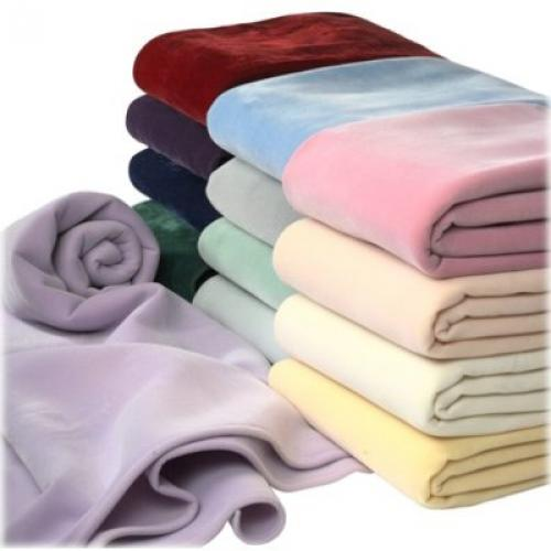 SPECIAL DISCOUNT ! LIMITED TIME TILL IT'S GONE - Martex Vellux Blanket - Queen 6 Pcs